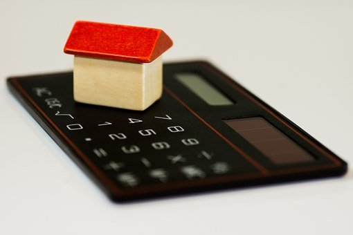 The Great Real Estate Investment Debate: Multifamily Properties Vs. Single-Family Rentals